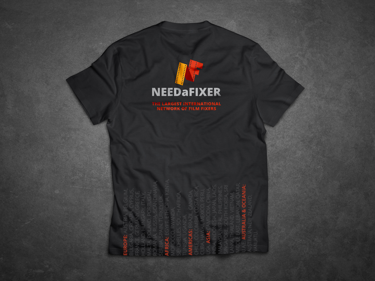 needafixer-tshirt-mockup_back2